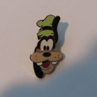 Disney Goofy Head Pin