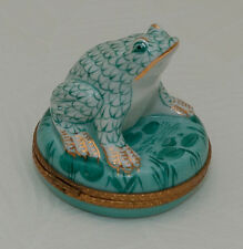 Hand Painted Limoges Box Frog on Water Lily Pad Gold Green Colors Trinket Boxes