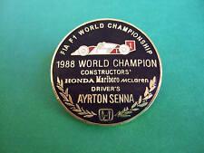 LAPEL BADGE/PIN - AYRTON SENNA FIA F1 WORLD CHAMPIONSHIP - 1988 WORLD CHAMPION