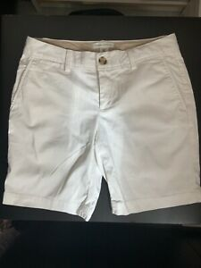 Banana Republic Smart White Chino-style Bermuda  Shorts, Size UK 8 Petite