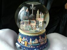 TWIN TOWERS Snow Globes New York City Broadway Theater Musical 2000 New Years