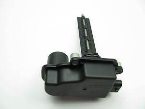 NEW - OUT OF BOX - OEM GM Intake Tuning Valve 2005-2009 Cadillac 3.6 V6 12610308