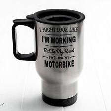 En mi cabeza estoy montando mi moto Taza de viaje, térmica, matraz, de regalo para él, Oficina