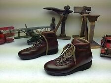 DISTRESSED BROWN RAICHLE MOUNTAINEERING HIKING TRAIL LACE UP BOOTS SIZE 8-9 M