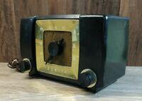 Vintage Zenith Long Distance AM Radio Model No.H615ZYP *PARTS/REPAIR*