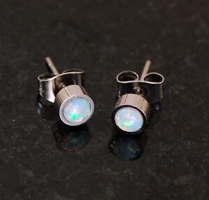 Pair 316L Surgical Steel W/ 5MM White Fire Opal Stone Earrings Ear Studs 20G