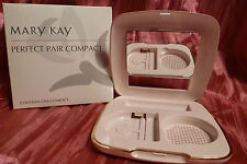 MARY KAY Pink PERFECT PAIR COMPACT Hold discontinued D-shaped product & lipstick