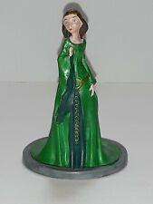 "Disney Brave 4"" Figure / Cake Topper - Merida's Mom Queen Elinor"