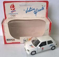 LOGITOYS 1:43 DIE CAST AUTO RENAULT CLIO OLIMPIADI ALBERTVILLE 1992 ART  9117