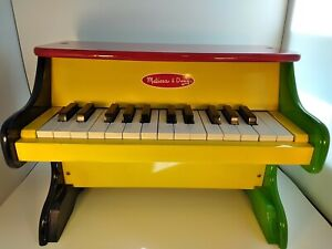 Melissa and Doug Learn To Play Wooden Toy Piano, Glockenspiel Sound VG Condition