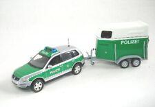 VW Touareg 2002 mit Pferdeanhänger Polizei Dresden -1:43 Minichamps