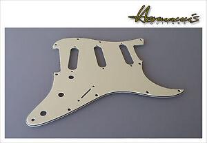 US Stratocaster Pickguard Farbe Mint, 11 Lochbohrungen, SSS Fräsung