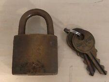 Old Vtg AMERICAN USA #12606 Brass Padlock Lock US Military With Key