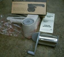 Pampered Chef Deluxe Cheese Grater Two Size Blades New Sealed