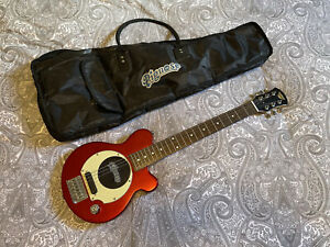 Pignose Travel Guitar With Built In Amplifier