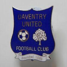 New listing Daventry United Football Club Enamel Badge - Non League Football Clubs -