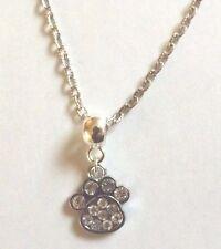 collier chaine argenté 47 cm avec pendentif trace de patte strass 18x16 mm