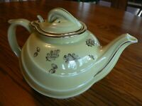 VINTAGE HALL CHINA 6-CUP TEAPOT, DOUBLE STAMPED ON BOTTOM