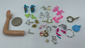 Barbie & Similar Doll Accessory JEWELRY LOT EARRING PAIRS & SINGLES