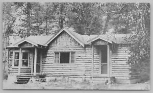 Yellowstone Park Wyoming~Shoshone Lodge Guest Log Cabin~Roadside US 20~1940s B&W