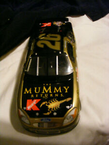 CAR NASCAR  THE MUMMY RETURNS  SCALE 1.24   NEW FROM  USA BOX  JIMMY SPENCER