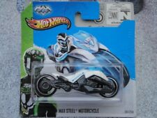 Hot Wheels 2013 #059/250 MAX STEEL MOTORCYCLE white bike New Casting 2013