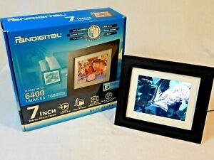 "PANDIGITAL 7"" Digital Photo Frame. 1GB Internal Memory 6400 Pics."