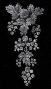 White Round 925 Sterling Silver Leaf Design CZ Studded Shimmering Fine Brooch