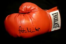 Alan Minter Hand Signed Red Everlast Boxing Glove : New