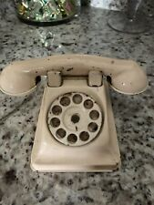 Antique Beige Tin Childs Phone/rings And Dial Rotates