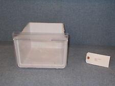 Hotpoint Fridge Freezer Crisp Tray 19.8x25x27.9cm Model No: RLFM171