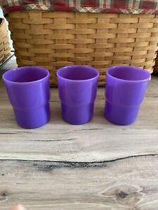 Tupperware 3080L-2 G Purple Stackable Tumblers 8 Ounces Excellent Set Of 3