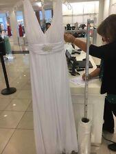 brand new wedding dress never worn. size 2X