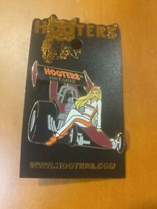 HOOTERS Ontario  PIN