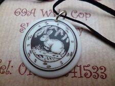Collar Colgante Conejo Totem motivo de cerámica Cordón Negro Cadena Caja Regalo Accesorio