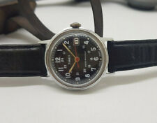 VINTAGE TIMEX BLACK DIAL MANUAL WIND MID SIZE WATCH