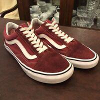 """Vans """"Old Skool"""" Sneakers Men's Size 7 US Skateboarding Shoes - Maroon/White"""