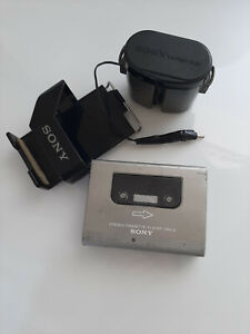 SONY WALKMAN WM2, STEREO CASSETE PLAYER, IN VERY GOOD CONDITION. NEEDS BELTS.