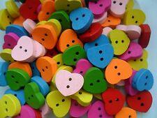 25 pièces en couleur COEUR EN BOIS SCRAPBOOKING COUTURE Boutons 15mm