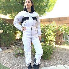 DESCENTE WOMENS ONE PIECE SKI SUIT Size 8 MEDIUM SPARKLY SNOW SUIT WHITE PUFFER