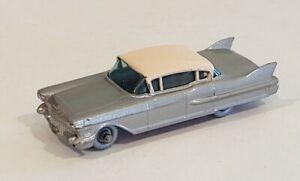 27-C3 Excellent! Beautiful Lilac Cadillac 60 Special Lesney Matchbox circa '60