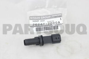 26240JD00A Genuine Nissan SOCKET ASSY-CLEARANCE LAMP 26240-JD00A