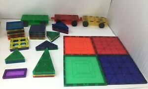 47 PIECE MAGNA TILES CHILDREN HUB BUILDING MAGNETS MAGNETIC CARS MIXED LOT