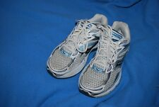 Saucony Women's ProGrid Omni 9 blue white athletic shoes 9.5 White/Blue (10078)