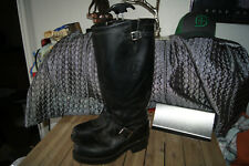 Chippewa Steel Toe 7.5 EE ENGINEER Leather Boots 7.5 EE THE LEFT IS 1/4 TALLER