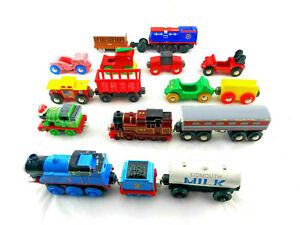 Thomas Brio Train Car Lot 16 Pcs. Some Diecast Some Wood Pre-owned Free Shipping