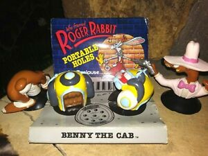 BENNY THE CAB, SMARTGUY PORTABLE HOLES ACTION FIGURES FROM,ROGER RABBIT, NEW MOC