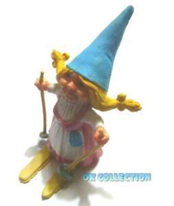 DAVID GNOMO - MOGLIE LISA SCIATRICE CON SCI - personaggio in pvc alto 8 cm circa