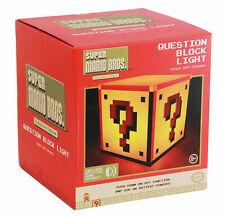 Coffret Super Mario Bros. Edition collector Question Block lumière nuit Nintendo