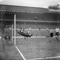 1954 Tottenham Hotspur Goalkeeper Ted Ditchburn  8 X 10 Photo Picture